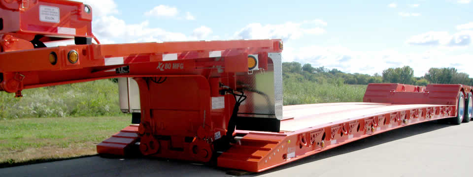 XL 80 Mechanical Full-width Gooseneck with Hydraulic Flip Neck and XL Flip Axle