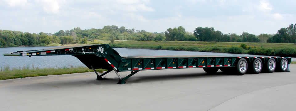 XL 110 Hydraulic Folding Gooseneck Trailer
